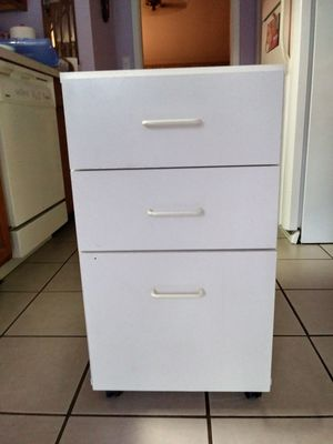 Nice Three Drawer File Cabinet On Wheels for Sale in Longwood, FL