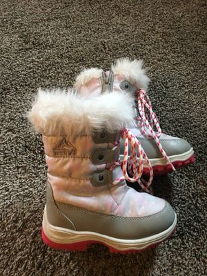 Toddler girl boots Size 9 for Sale in Huron Charter Township, MI