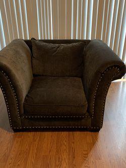 Gray Living Room Chair for Sale in Ashburn,  VA