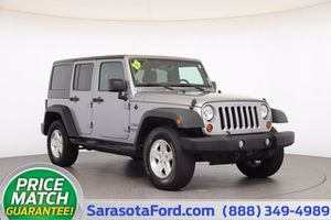 2013 Jeep Wrangler Unlimited for Sale in Sarasota, FL