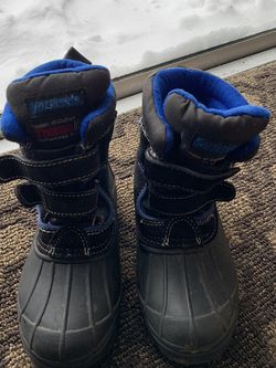 Kids Snow Boots for Sale in Boring,  OR