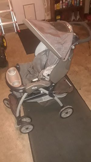 Chicco stroller for Sale in Buckley, WA