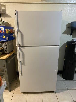 20 cu. Ft. Fridge freezer for Sale in Alhambra, CA