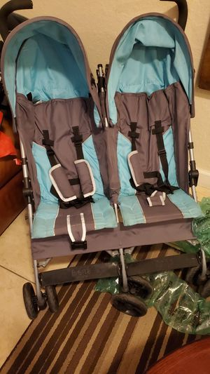 Double stroller. Used for Sale in Homestead, FL