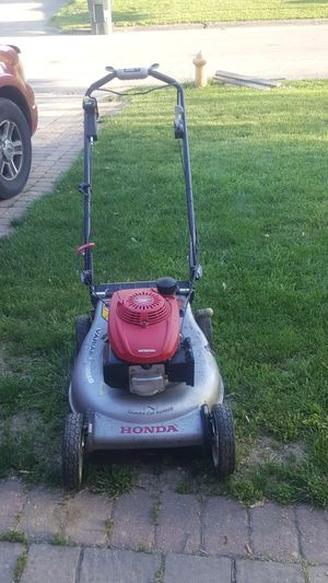 Honda lawnmower for Sale in Columbus, OH
