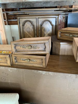 4 pc Antique Dresser and armoire set for Sale in West Menlo Park, CA