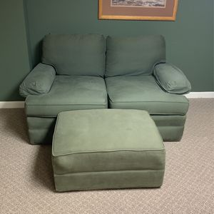 Green Loveseat And Ottoman for Sale in Brecksville, OH