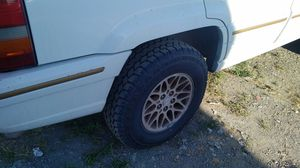 Brand NEW Tires / wheels 235-75-15. Jeep Grand Cherokee for Sale in Sacramento, CA
