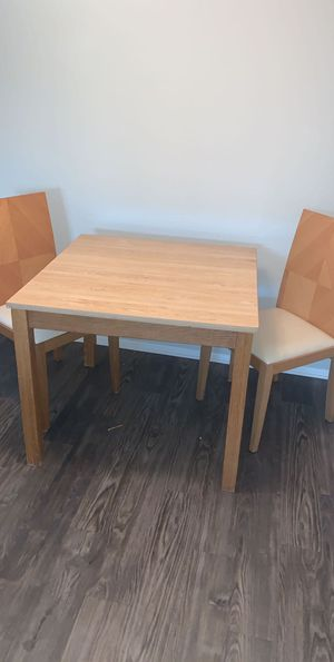 Small apt size kitchen table with 2 chairs for Sale in Dallas, TX
