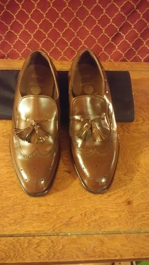 LIKE NEW-Men's Broen Tasseled Dress Shoes for Sale in Beaumont, TX