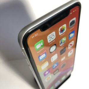 iPhone XR 64gb White (Factory Unlocked) Excellent Condition for Sale in Oakland, CA