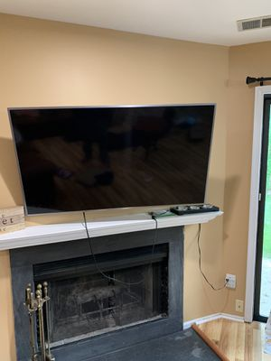 Samsung Smart TV (55 inch) 7 series with 360 degree wall mounting for Sale in Robbinsville Township, NJ