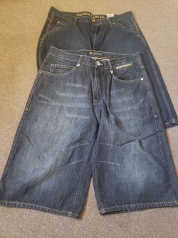 FREE Mens Size 32 & 34 for Sale in Yakima,  WA