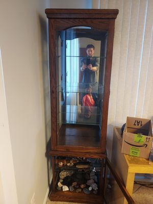 Display cabinet for Sale in Crownsville, MD