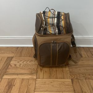 Picnic Backpack for 4 for Sale in Queens, NY