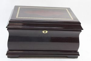 Cigar humidifier with 2 cigar cutters for Sale in North Fort Myers, FL