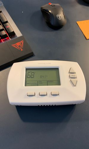 Honeywell Thermostat for Sale in Los Angeles, CA