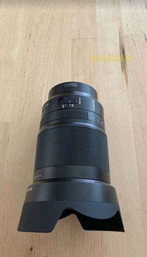 Sony T* FE Zeiss Distagon 35mm 1.4/f camera lens for Sale in North Las Vegas, NV