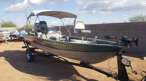 18 ft tracker, 90 horse Mercury motor for Sale in Scottsdale, AZ