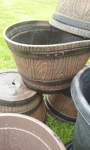 Wood flower pot for Sale in West Carson, CA