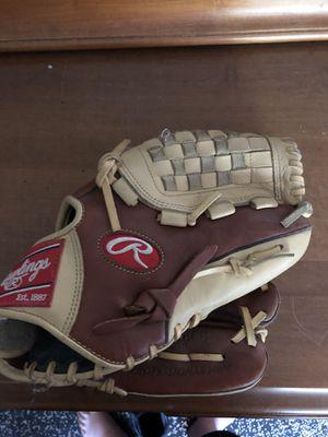 Rawlings baseball glove barley used for Sale in Boston, MA