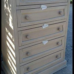 5 Drawer Dresser for Sale in Los Angeles, CA