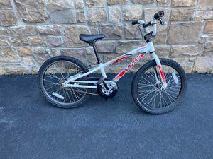 Boys Specialized Hotrock Bike 20 inch for Sale in Ashburn, VA