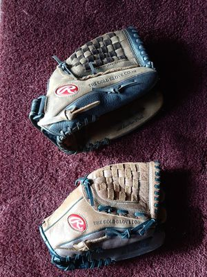 Rawlings baseball mit, Softball glove for Sale in Vancouver, WA