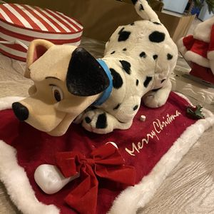101 Dalmatians animated Christmas Figurine 1990's Vintage with Box for Sale in Chandler, AZ