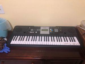 Yamaha 61 key psr-E223 for Sale in Hialeah, FL