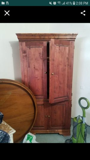 Tv cabinet for Sale in Hillsboro, OR