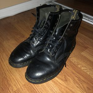 Doc Martens Boots Mens Size 10 for Sale in Industry, CA