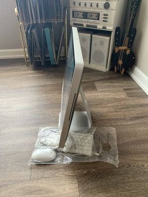iMac computer and iPad package deal !!! for Sale in Detroit, MI