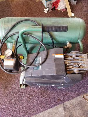 Hitachi EC12 Air Compressor for Sale in Seattle, WA