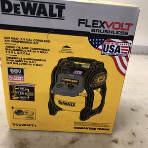 Dewalt Flex Volt compressor 2.5 Gallons for Sale in Austin, TX