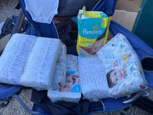 Pampers for baby size n and 1 for Sale in Los Angeles, CA