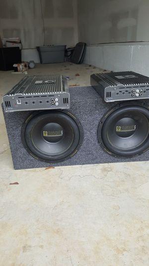 Speaker and amplifier for Sale in Philadelphia, PA