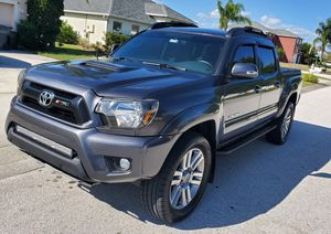 Toyota tacoma 2015 for Sale in Orlando, FL