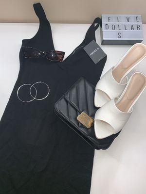 Deep V black dress from forever21 for Sale in Manassas, VA