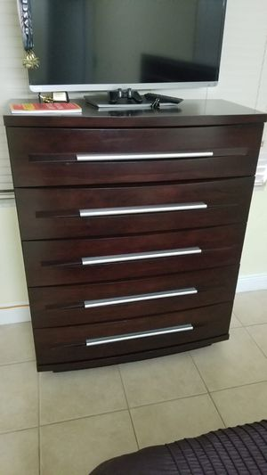 ALL DARK WOOD CONTEMPORARY FURNITURE for Sale in Miami, FL