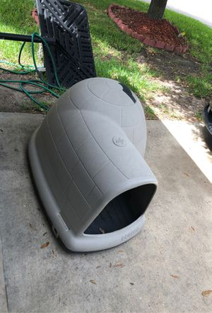 Igloo dog house for Sale in Humble, TX