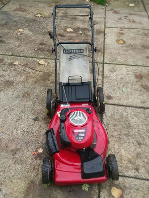 Lawn mower. 22- cut 6-25 -H p for Sale in Portland, OR