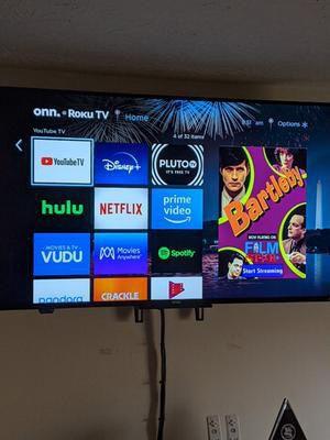 "onn 50"" 4K Roku Smart TV (ALMOST NEW) for Sale in Grape Creek, TX"