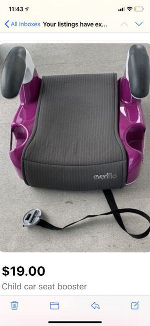 Child car seat booster (must pick up from Brickell) for Sale in Coral Gables, FL