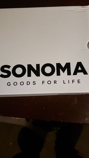 Sonoma men's shoes size 10.5 for Sale in Neffsville, PA