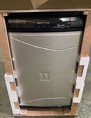Dometic. RM 8501 absorbtion. Fridge for Sale in Grand Prairie, TX