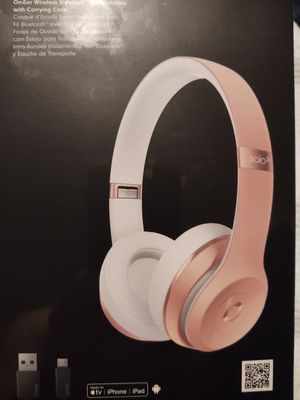Beats by Dr. Dre - Solo³ Wireless On-Ear Headphones - Rose Gold for Sale in Colleyville, TX