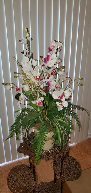 Decorative artificial plant flowers for Sale in Philadelphia, PA