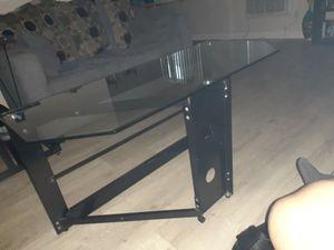 Metal frame table for Sale in Los Nietos, CA