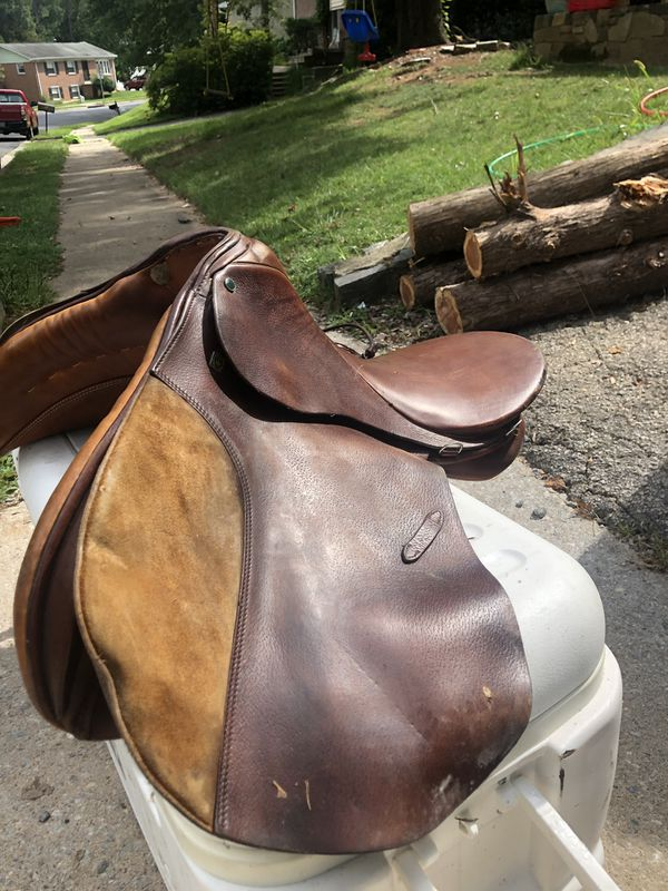 Stubbon Saddles (2)